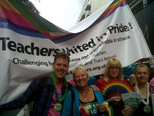 Elly_Barnes_Pride2012